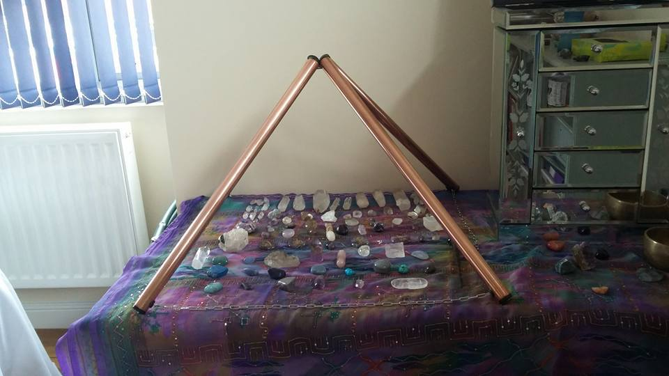 Pyramid charging crystals